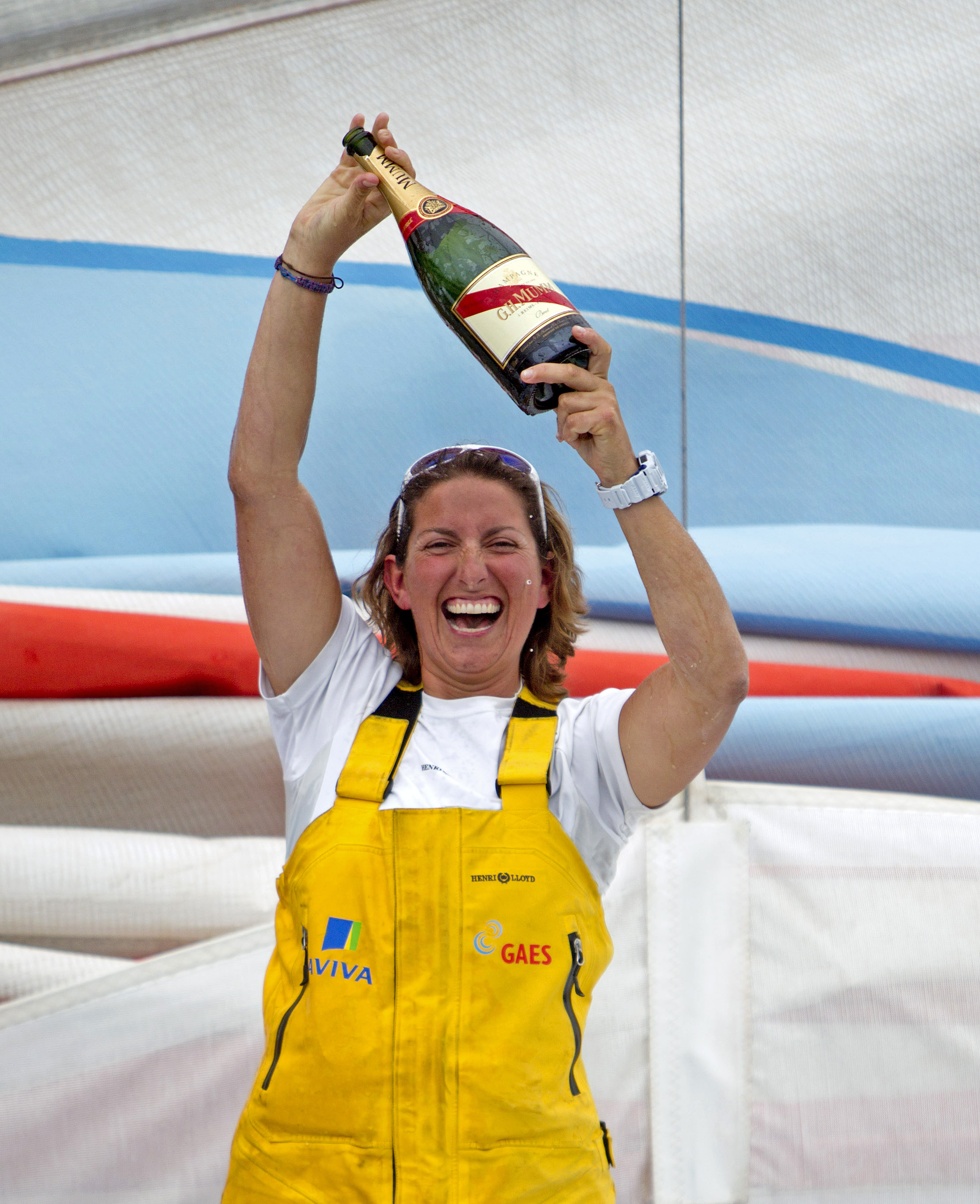 2010 Barcelona World Race Finish