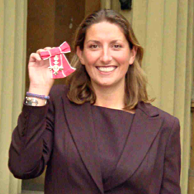 Dee Caffari receives MBE