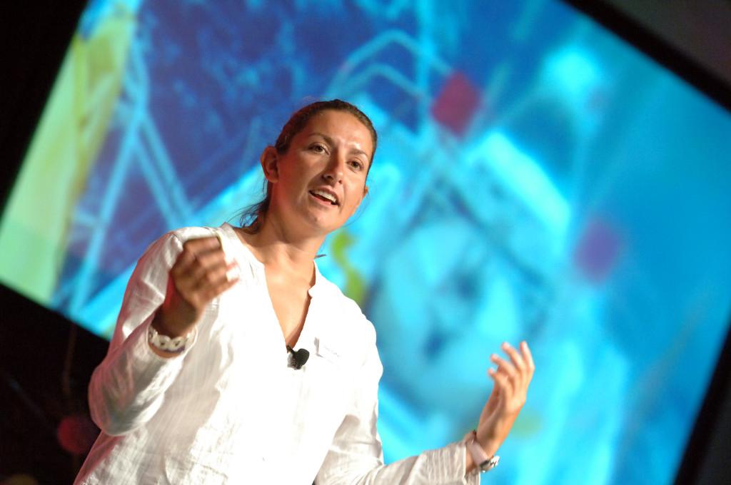 Dee Caffari - professional speaker